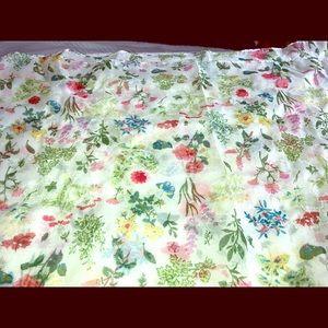 Beautiful & Delicate silk scarf - oblong